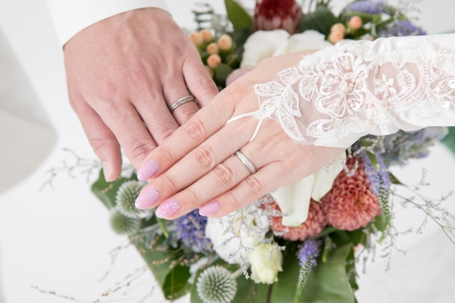 結婚相談所の男性会員の年収はどれくらい?