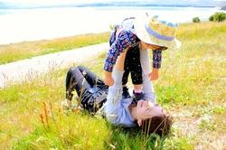 35歳独身女性の結婚相談所入会ブログイメージ母子