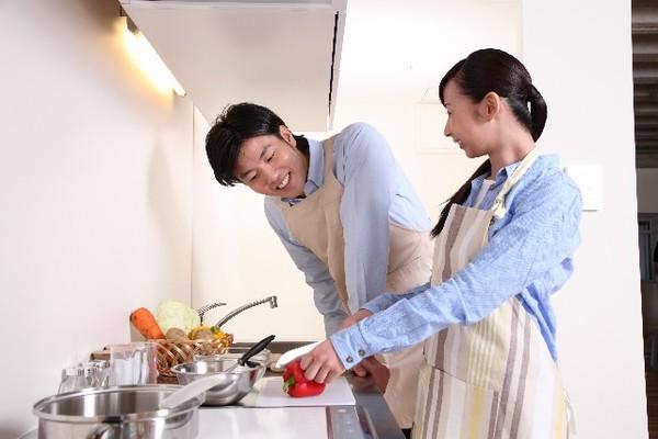 結婚のメリットは、経済安定だけではないのです。