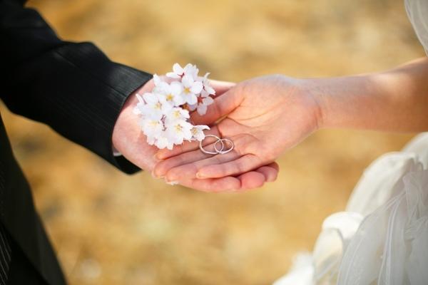 出会いをチャンスを逃さないで!春の婚活は出会いがいっぱいです。